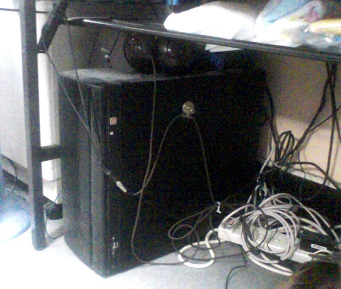 """ITサポート報告・古いサーバを使い続ける""""コスト""""と""""リスク""""を考える"""